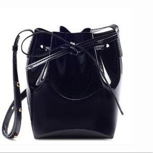 🎱✨ MANSUR GAVRIEL mini mini patent bucket bag!